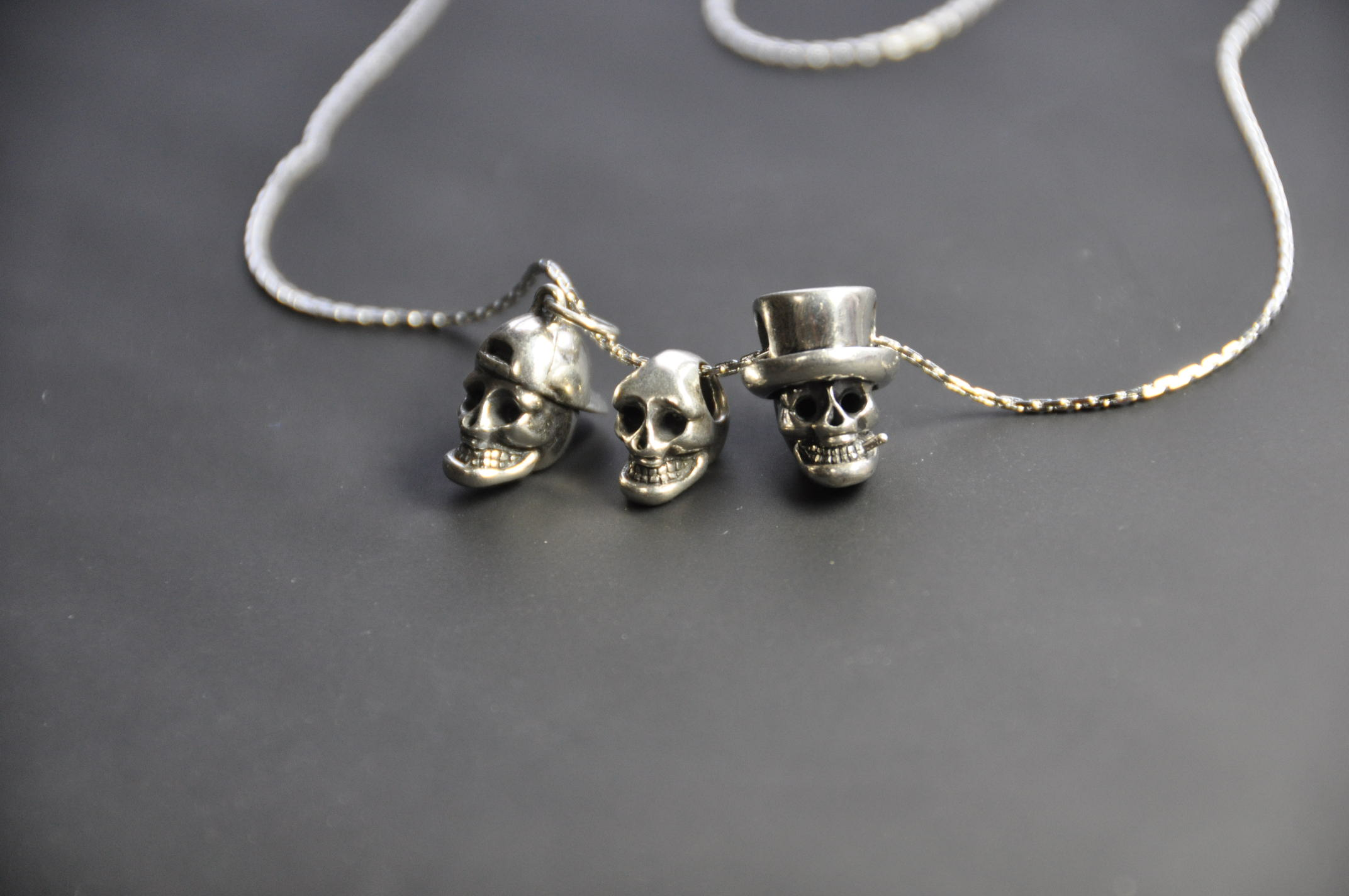 Mini skull pendant le galm mozeypictures Images